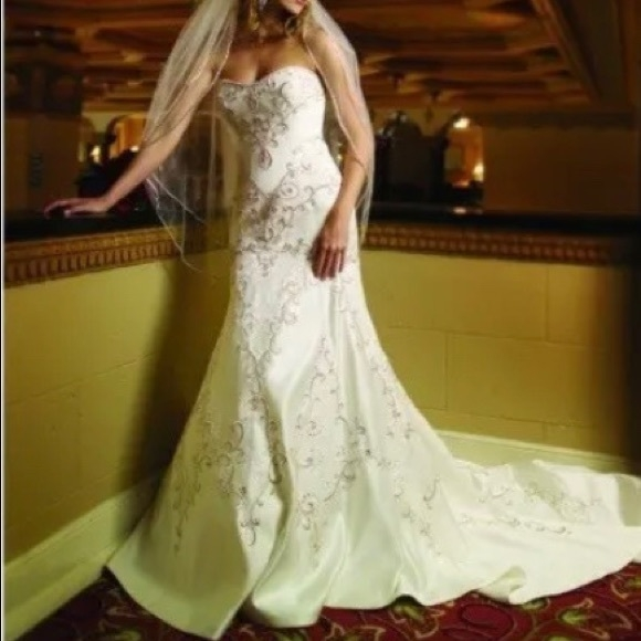 2 be bride wedding gown Kathy Ireland Wedding Dresses