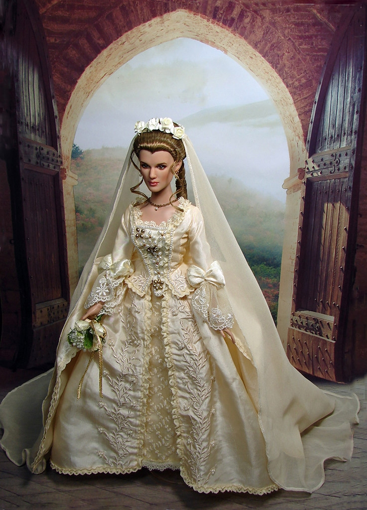 abandoned bride elizabeth swann repaint justcreations Elizabeth Swann Wedding Dress