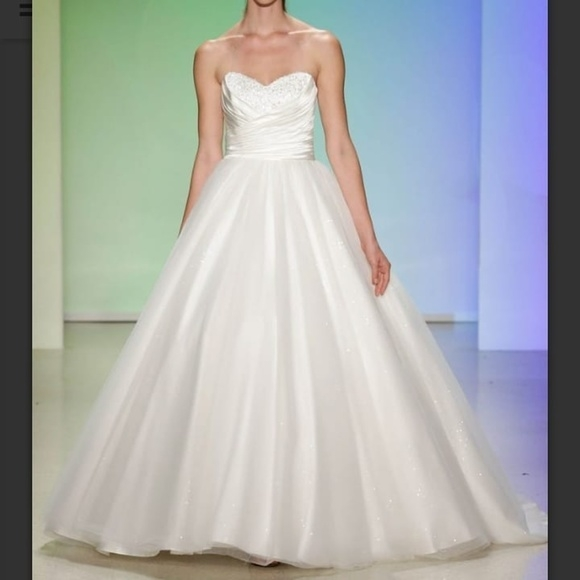 alfred angelo cinderella wedding dress size 16w Alfred Angelo Cinderella Wedding Dress