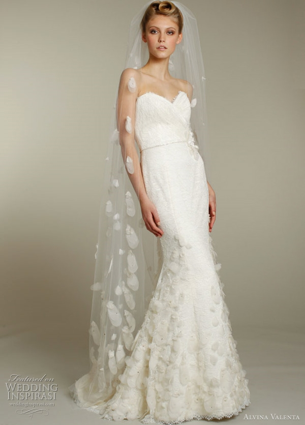 alvina valenta wedding dresses fallwinter 2011 2012 Alvina Valenta Wedding Dress
