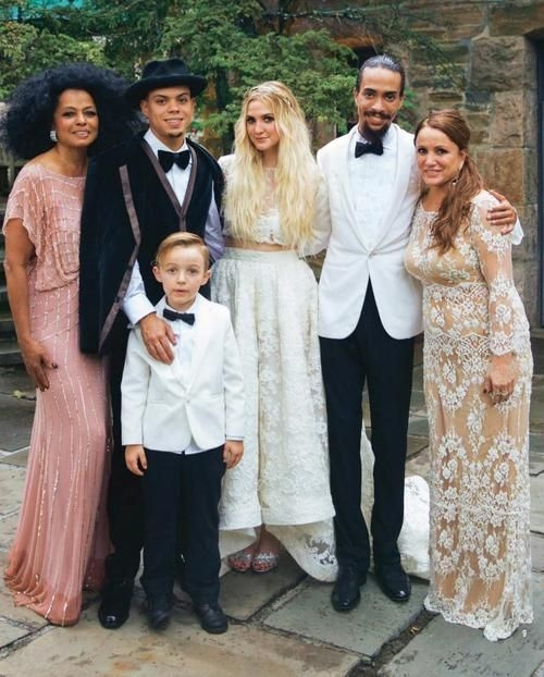 ashlee simpson evan ross august 31 2014 gown houghton Ashlee Simpson Wedding Dress