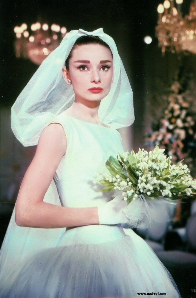 audrey in funny face wedding gown in 2019 audrey hepburn Audrey Hepburn Wedding Dress Funny Face