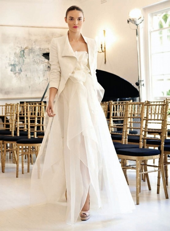 carla zampatti petal dress wedding dress on sale 40 off Carla Zampatti Wedding Dress