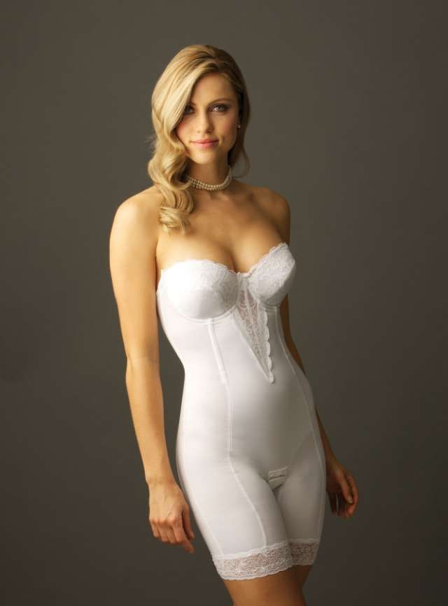 choosing the best undergarments for your wedding dress Body Shapers For Wedding Dresses