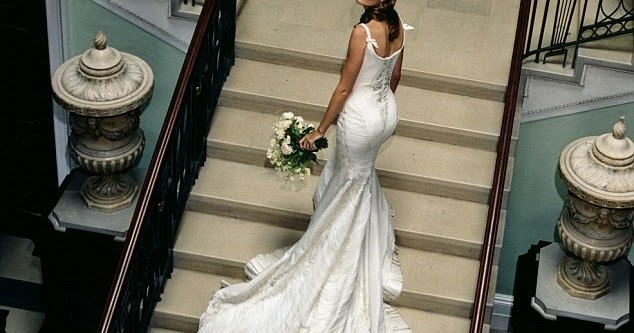 daily cup of couture wedding wednesday plum sykes Plum Sykes Wedding Dress