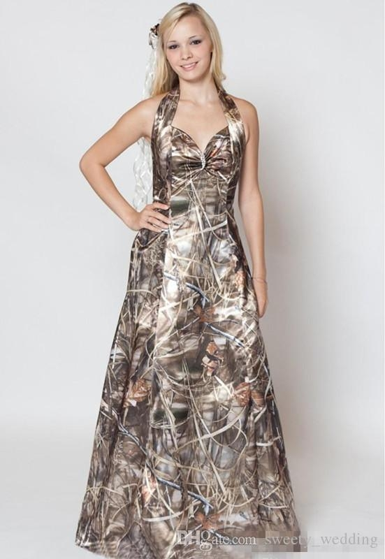 discount 2018 a line halter sweetheart camo wedding dresses with free camo veils for bridal gowns simple morden realtree camo wedding dresses a line Realtree Camo Wedding Dress