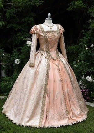 elizabethan era dress in 2019 fantasy gowns elizabethan Elizabethan Wedding Dresses