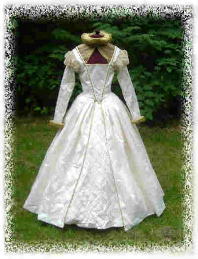 elizabethan wedding gown Elizabethan Wedding Dresses