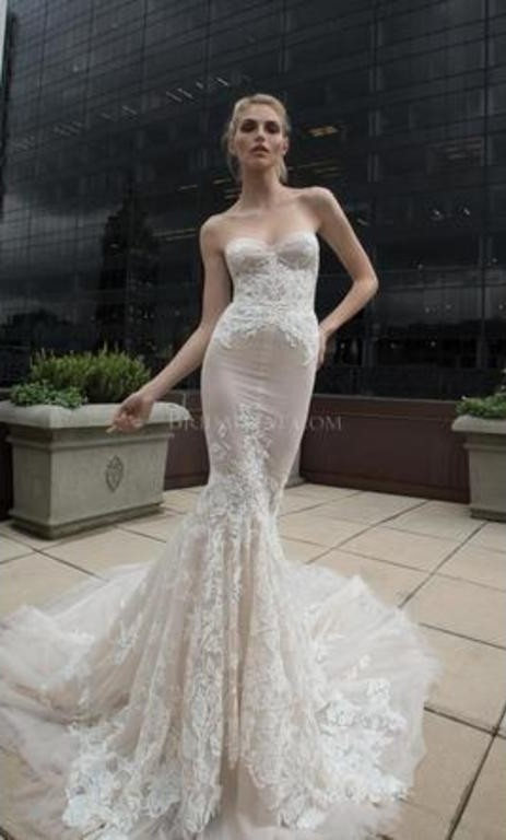 inbal dror 16 17 size 6 Inbal Dror Wedding Dress For Sale