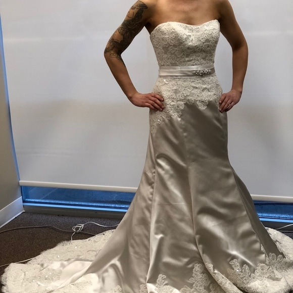 kathy ireland wedding dress size 4 boutique Kathy Ireland Wedding Dresses