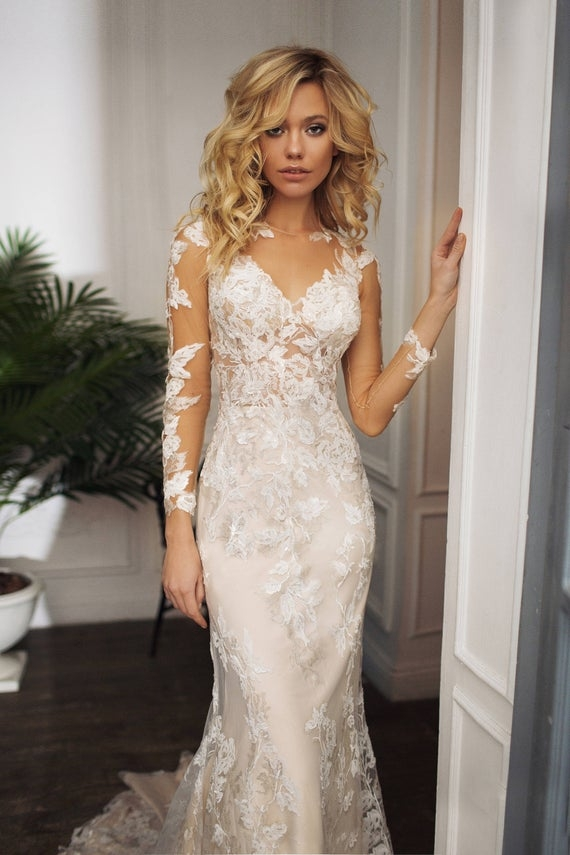 lace wedding dress drafne low back wedding dress illusion lace long sleeves Wedding Dresses With Low Backs