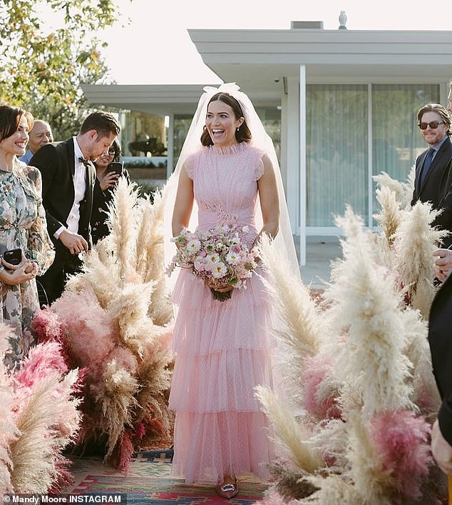 mandy moore shares new snaps from backyard wedding as she Mandy Moore Wedding Dress