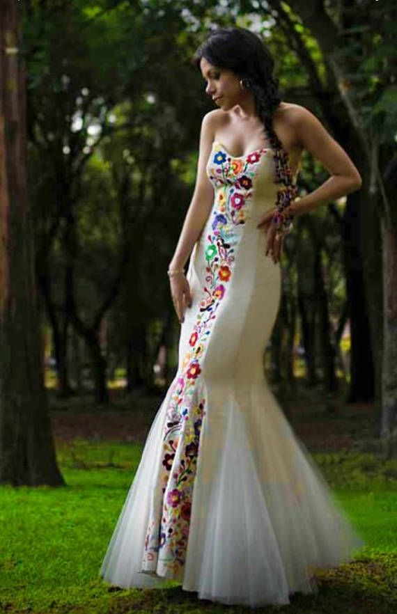 mexican wedding dress embroidered dres for social occasion Embroidered Mexican Wedding Dress