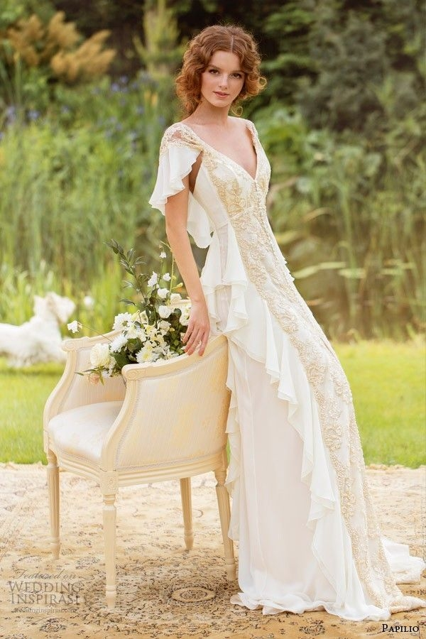 popular wedding dresses for charming brides with different Earthy Wedding Dresses