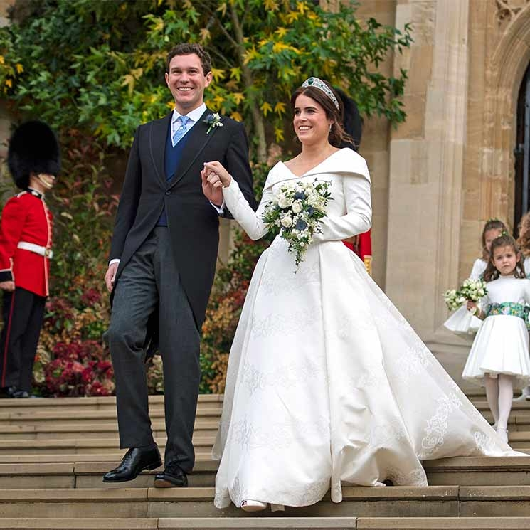 princess eugenie and jack brooksbanks wedding look back on Eugenia Wedding Dress