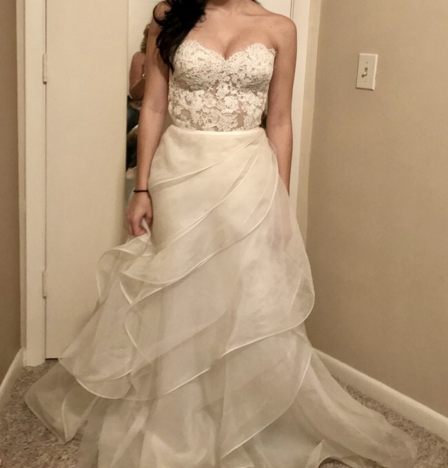 reem acra shes in love wedding dress on sale 72 off Used Reem Acra Wedding Dress