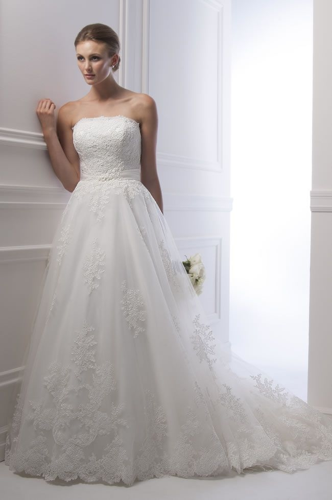 stunning new silhouettes for 2014 at alfred sung bridal Alfred Sung Wedding Dresses
