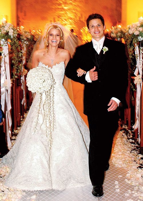 tbt jessica simpsons weddings in photos and video Jessica Simpsons Wedding Dress
