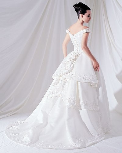 the importance of preserving a wedding gown city dry Preserving Wedding Dress