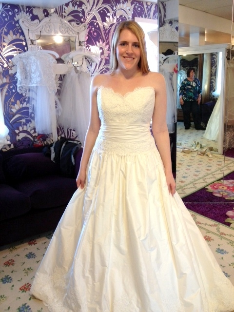 update w picture wedding dress help broad shoulders Best Wedding Dress For Broad Shoulders