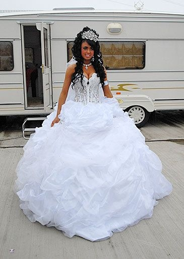 wedding dresses gypsy Gypsy Wedding Dress Pretty