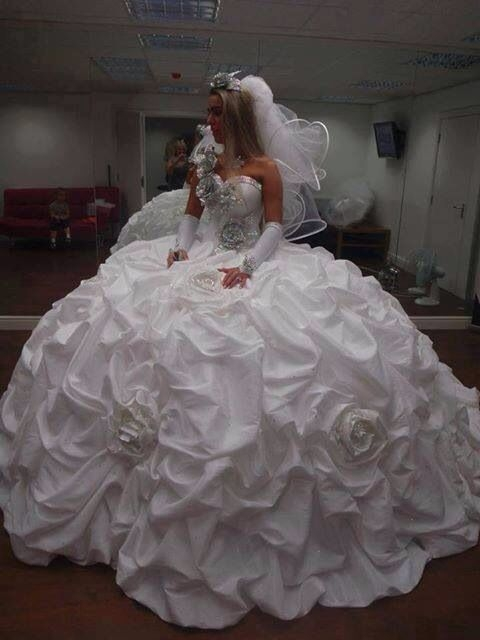well this is one for gypsy style bridal beauty gypsy Gypsy Wedding Dress Pretty