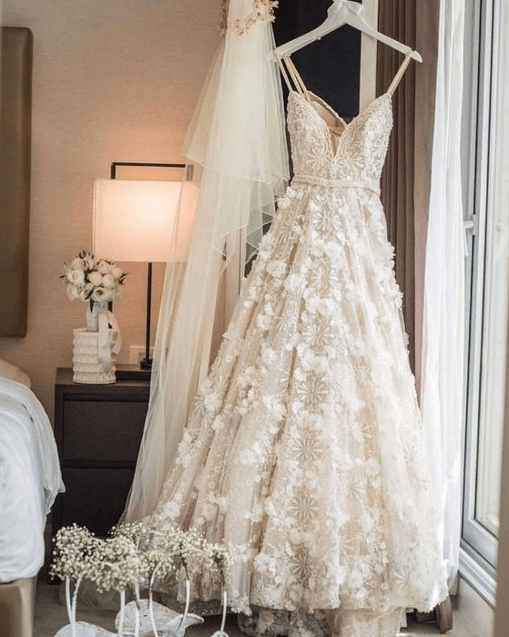 why choosing a pre loved wedding dress is the best option Preloved Wedding Dresses