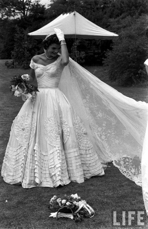 inspired jacqueline kennedy royal wedding vintage Jacqueline Bouvier Wedding Dress