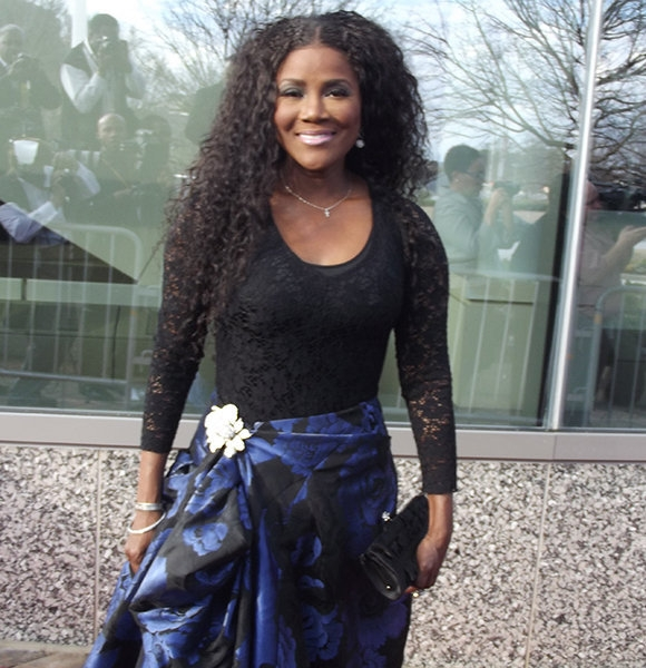 juanita num confesses sexuality after married life with Juanita Bynum Wedding Dress