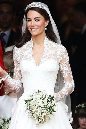 pin on every girl dreams about the big day Princes Kate Wedding Dress