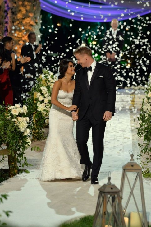 sean lowe and catherine giudici tie the knot in a bachelor Catherine Giudici Wedding Dress