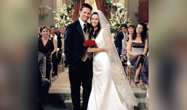 translated from spanish fans detected error in the monica Monica Geller Wedding Dress