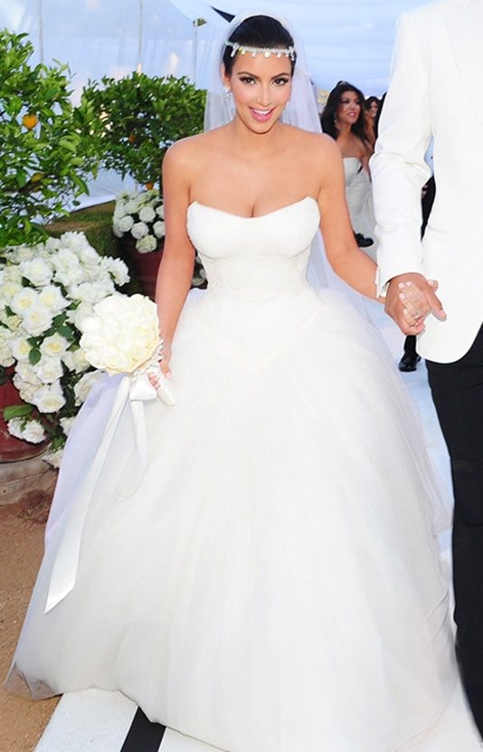 vera wang wedding dress celebrity weddings Vera Wang Kim Kardashian Wedding Dress