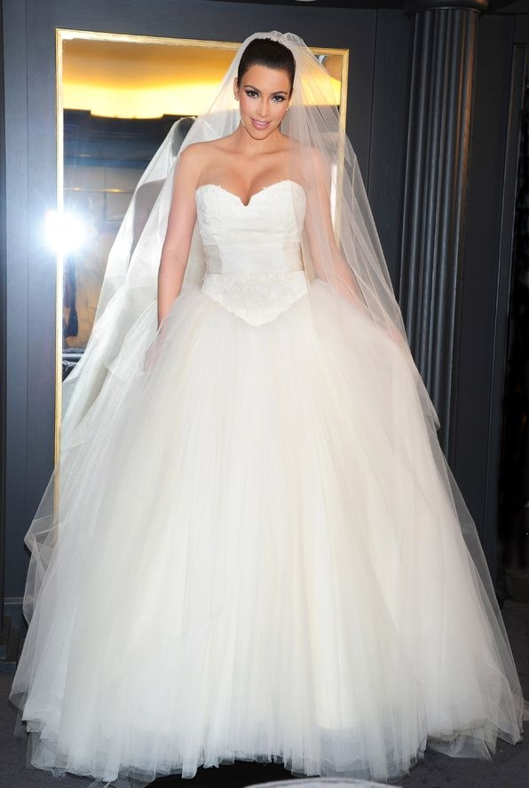 vera wang wedding style in 10 iconic gowns kim kardashian Vera Wang Kim Kardashian Wedding Dress