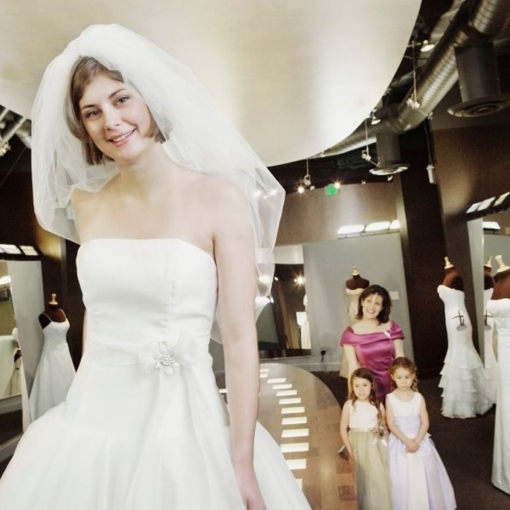 what does the average wedding dress alterations cost Average Wedding Dress Alteration Pretty