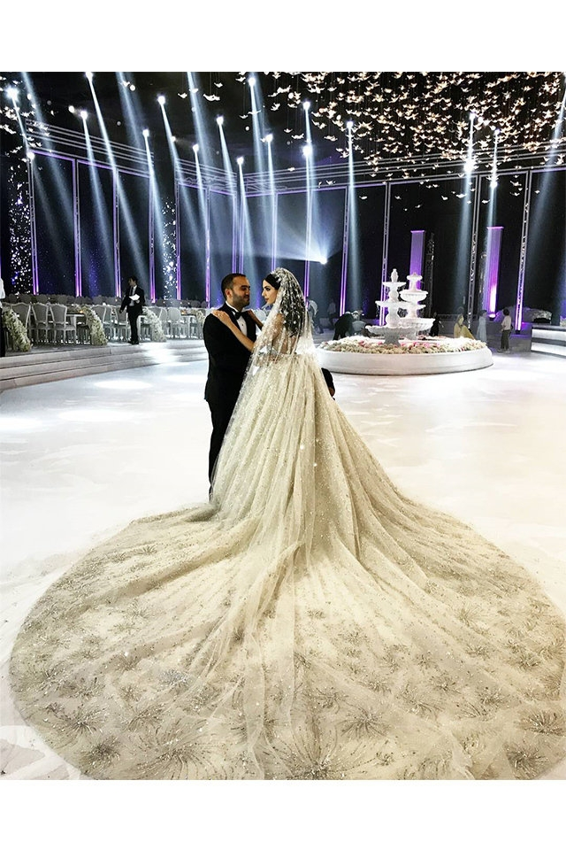 zuhair murad knows how to dress lebanese brides in the most Lebanese Wedding Dresses