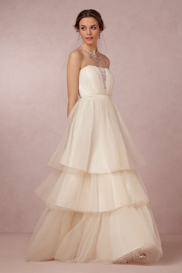 50 incredible non traditional wedding dresses under 500 Wedding Dresses Under 500 Dollars