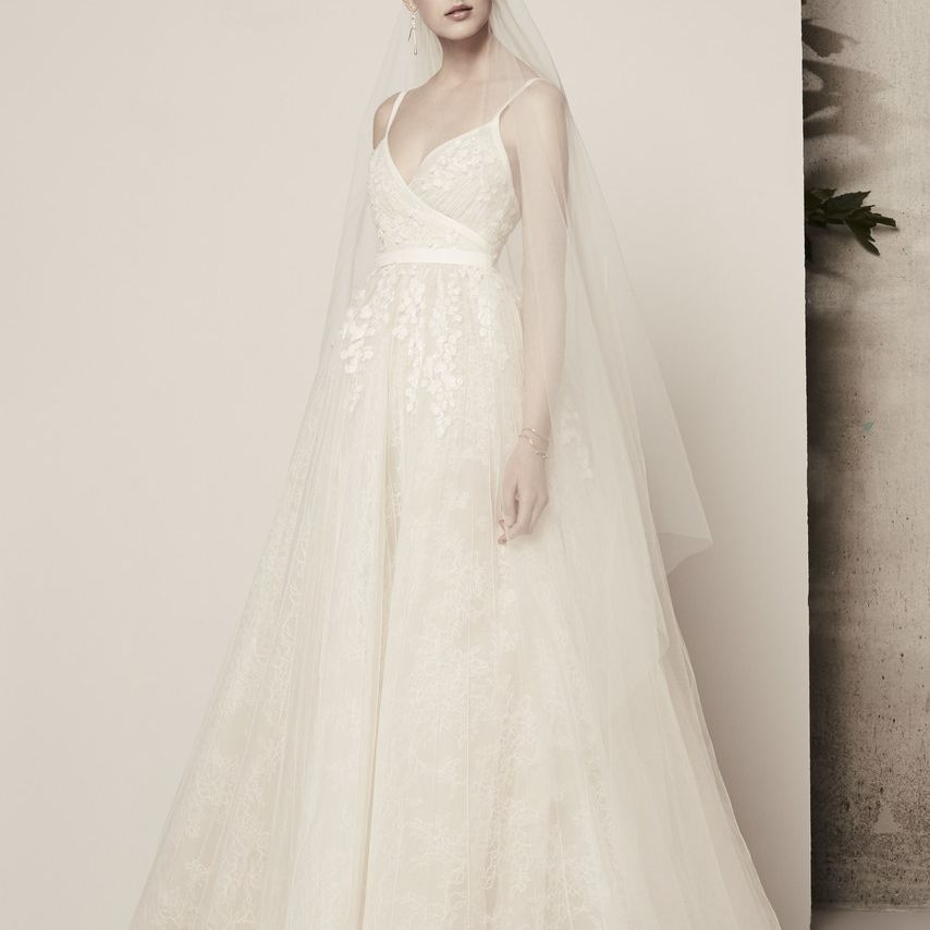 60 wedding dresses perfect for pear shaped figures Wedding Dresses For Pear Shaped