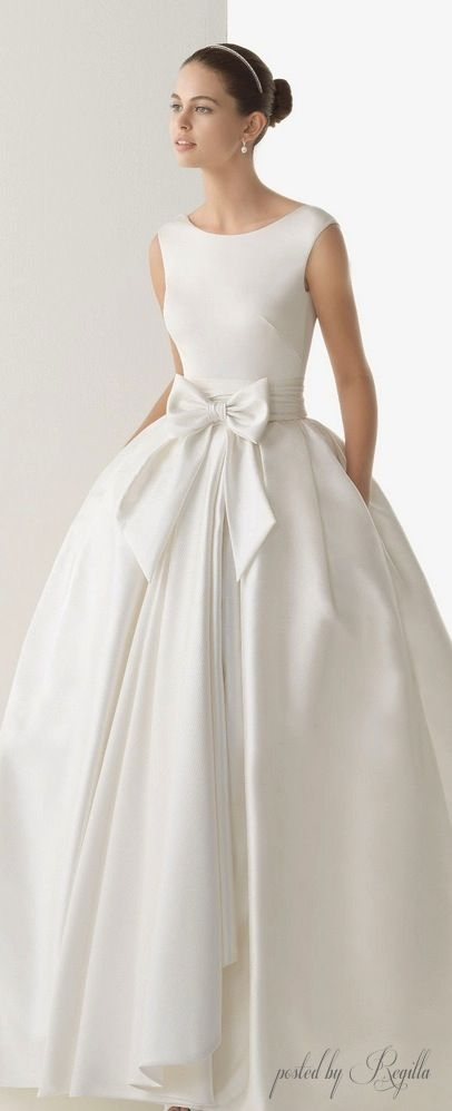 audrey hepburn inspired wedding gown so simple yet chic Audrey Hepburn Inspired Wedding Dresses