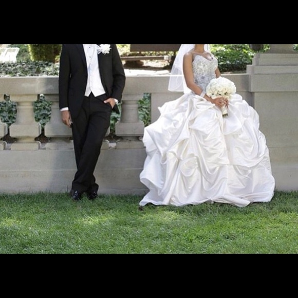 baracci wedding dress swarovski famous designer Baracci Wedding Dresses