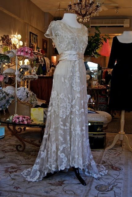 breathtaking edwardian lace wedding gown 1910 perfect for Vintage Wedding Dresses Portland