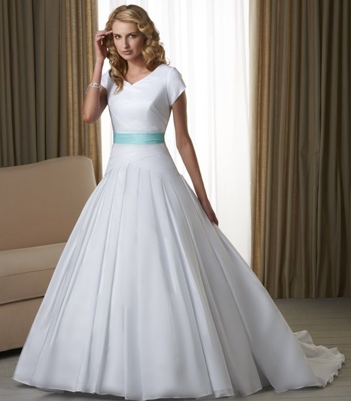 cheap white wedding gowns with blue ribbon for 2017 fashions Inexpensive Modest Wedding Dresses