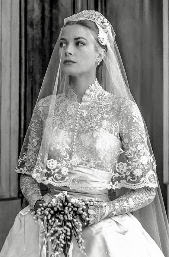 grace kelly wedding dress because of the close wedding Grace Kellys Wedding Dress