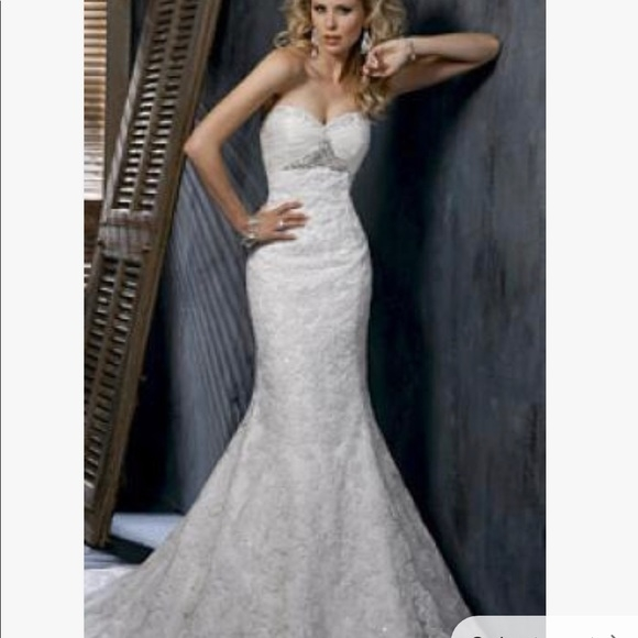 maggie sottero evelyn wedding gown Used Maggie Sottero Wedding Dresses