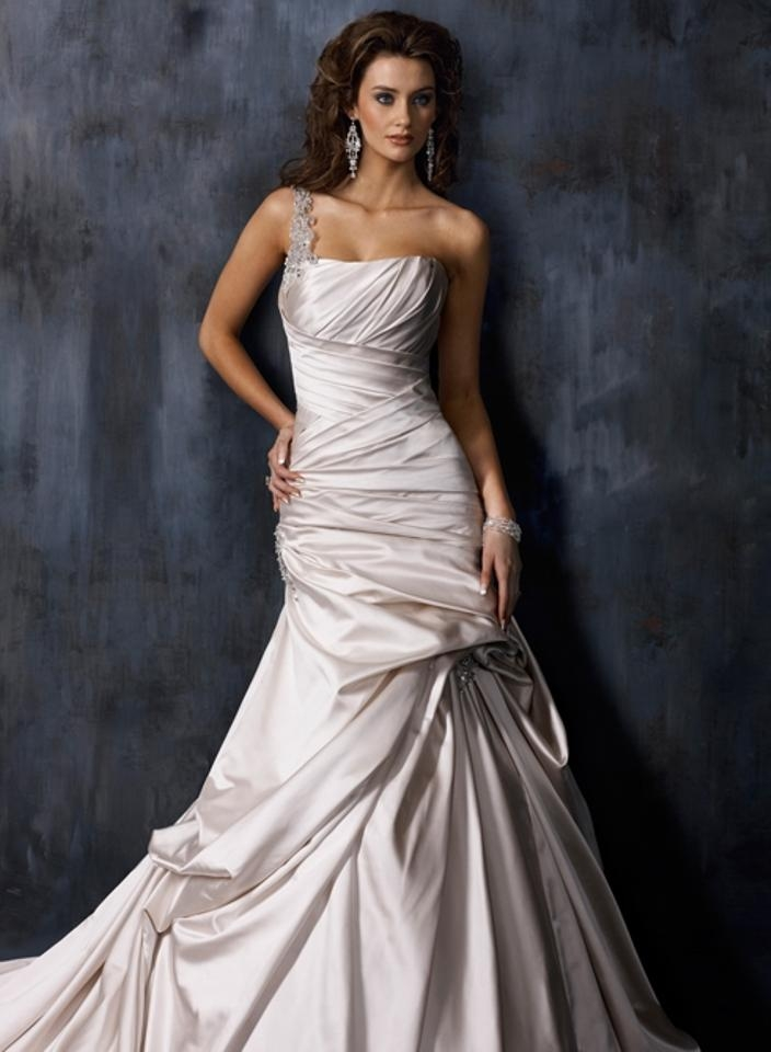 maggie sottero pearl satin a3325ss feminine wedding dress size 4 s 48 off retail Maggie Sottero Wedding Dress