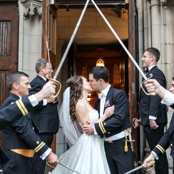 military weddings the rules and etiquette you should know Army Dress Blues Wedding