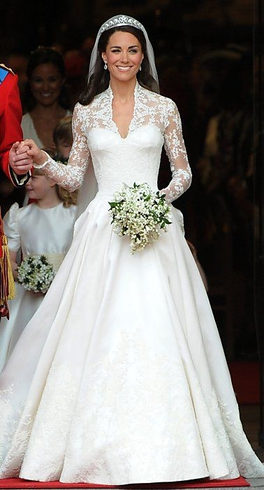 sf designers weigh in on kate middletons wedding gown Kate Middleton Wedding Dress Pretty