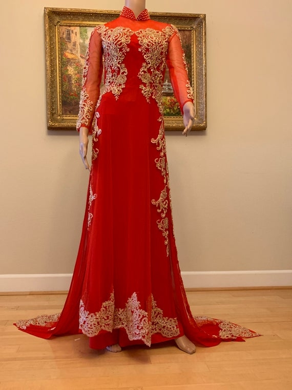 vietnamese traditional wedding dress with red embroidery free priority shipping Vietnamese Traditional Wedding Dress