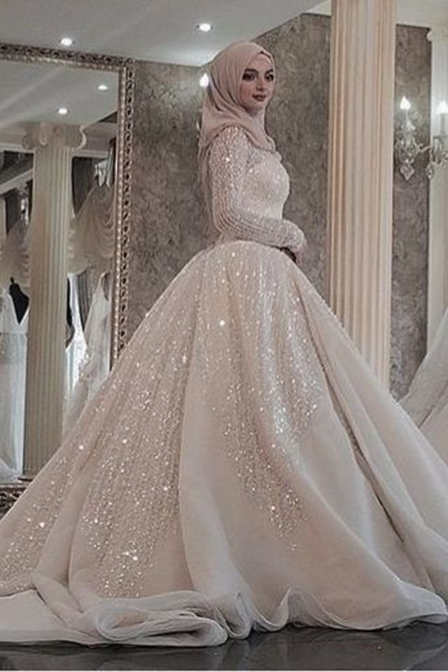 a modern take on unique hijab bridal gowns to inspire your Hijabi Wedding Dress
