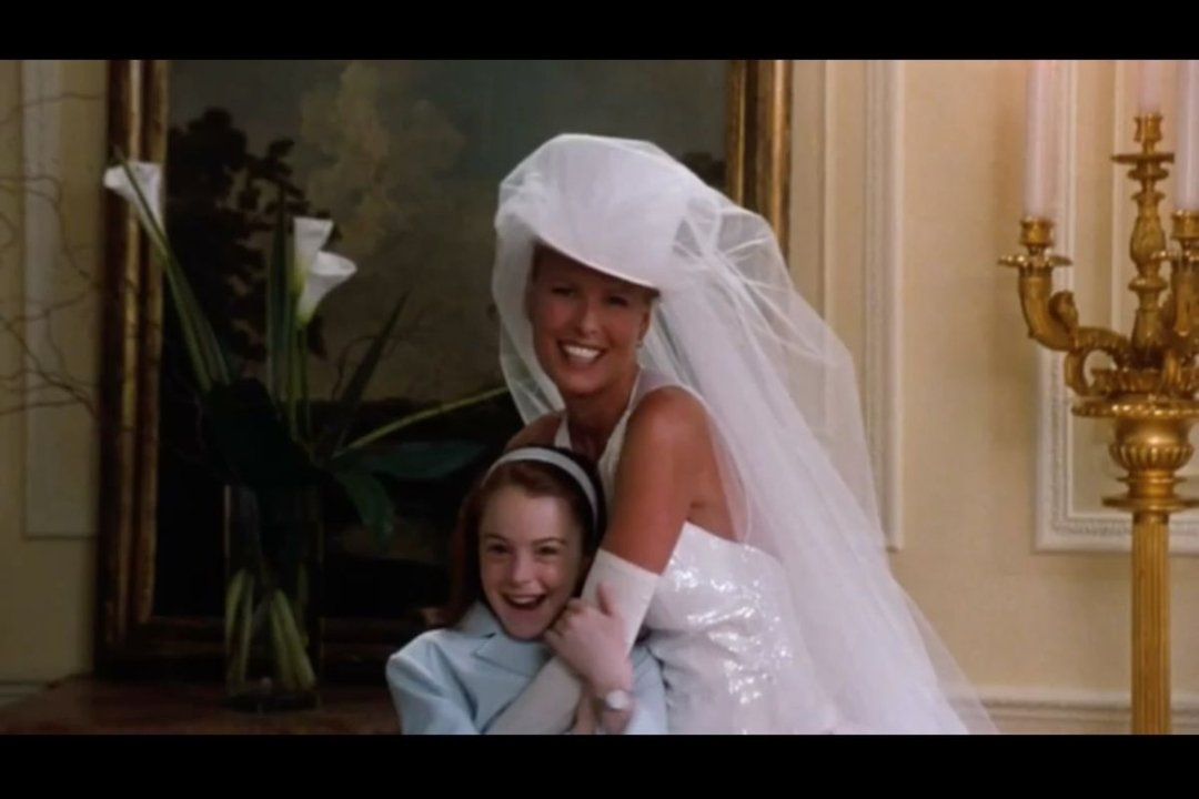 kelsey ohman on twitter get you a best friend who makes Parent Trap Wedding Dress